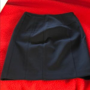 Lululemon black skirt